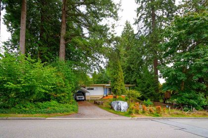 310-e-queens-road-upper-lonsdale-north-vancouver-29 at 310 E Queens Road, Upper Lonsdale, North Vancouver