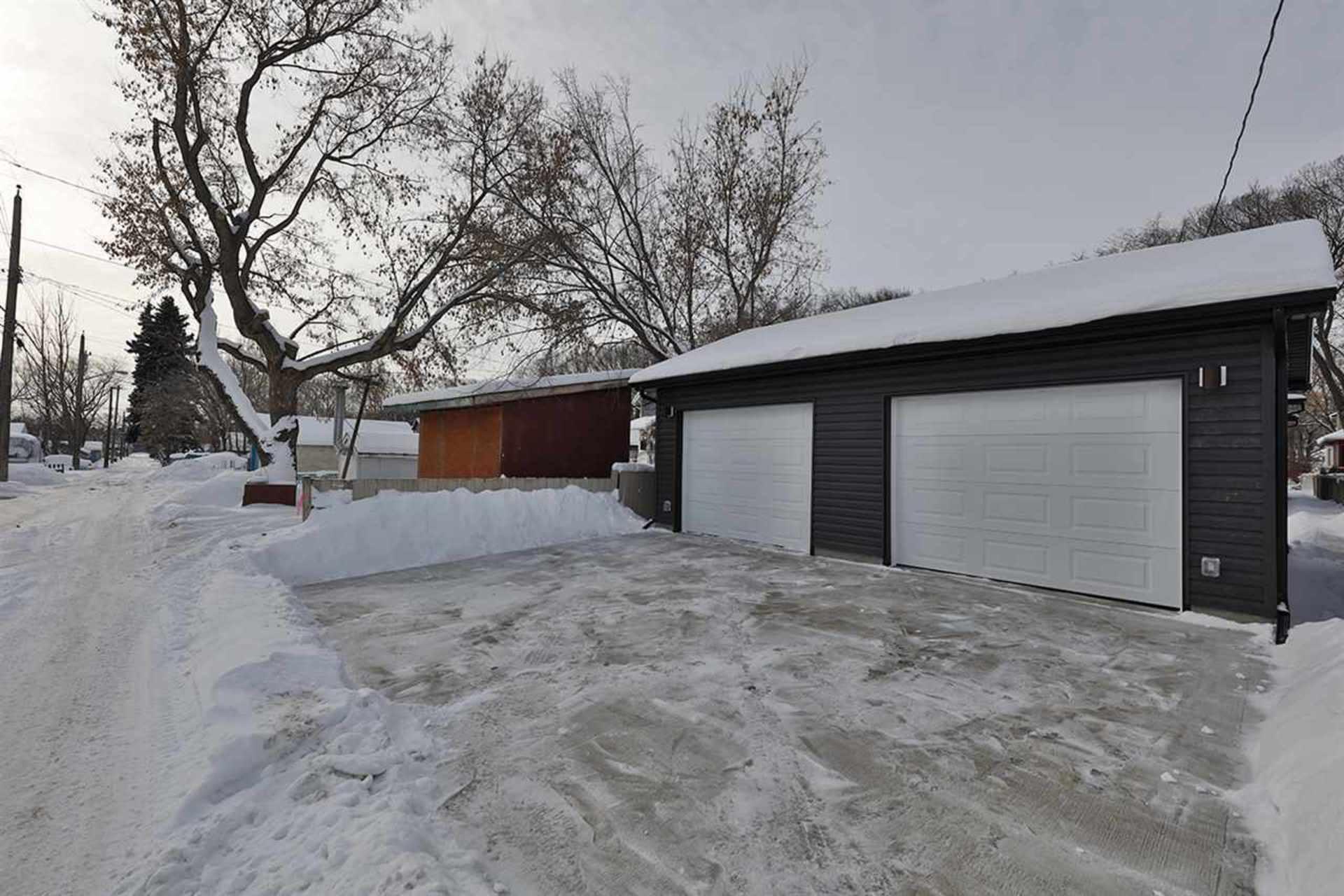 12037-93-street-alberta-avenue-edmonton-13 at 12037 93 Street, Alberta Avenue, Edmonton