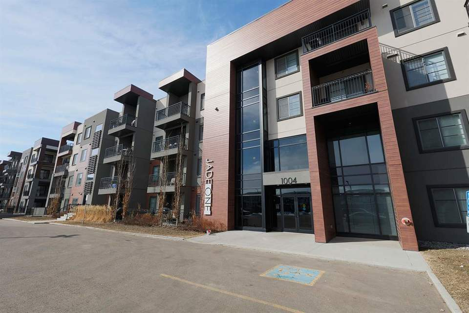1004-rosenthal-boulevard-rosenthal_edmo-edmonton-02 at 217 - 1004 Rosenthal Boulevard, Rosenthal_EDMO, Edmonton