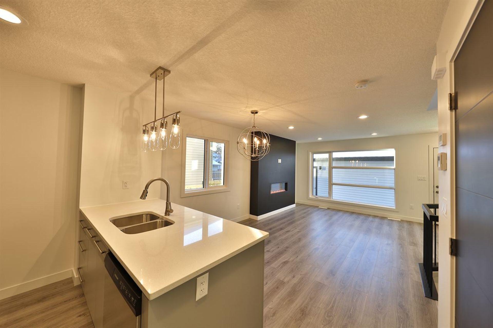 11638-84-street-parkdale_edmo-edmonton-02 at 11638 84 Street, Parkdale_EDMO, Edmonton