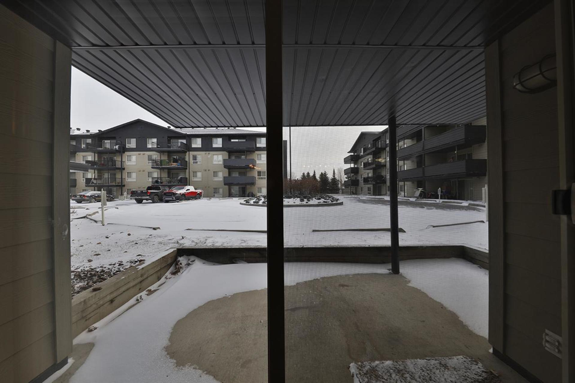 17011-67-avenue-callingwood-south-edmonton-15 at 102 - 17011 67 Avenue, Callingwood South, Edmonton