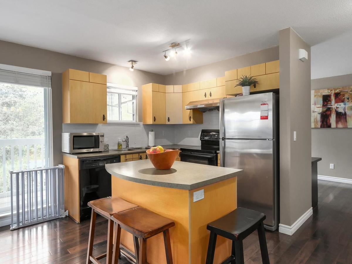 image-262096742-2.jpg at 74 - 7488 Southwynde Avenue, South Slope, Burnaby South