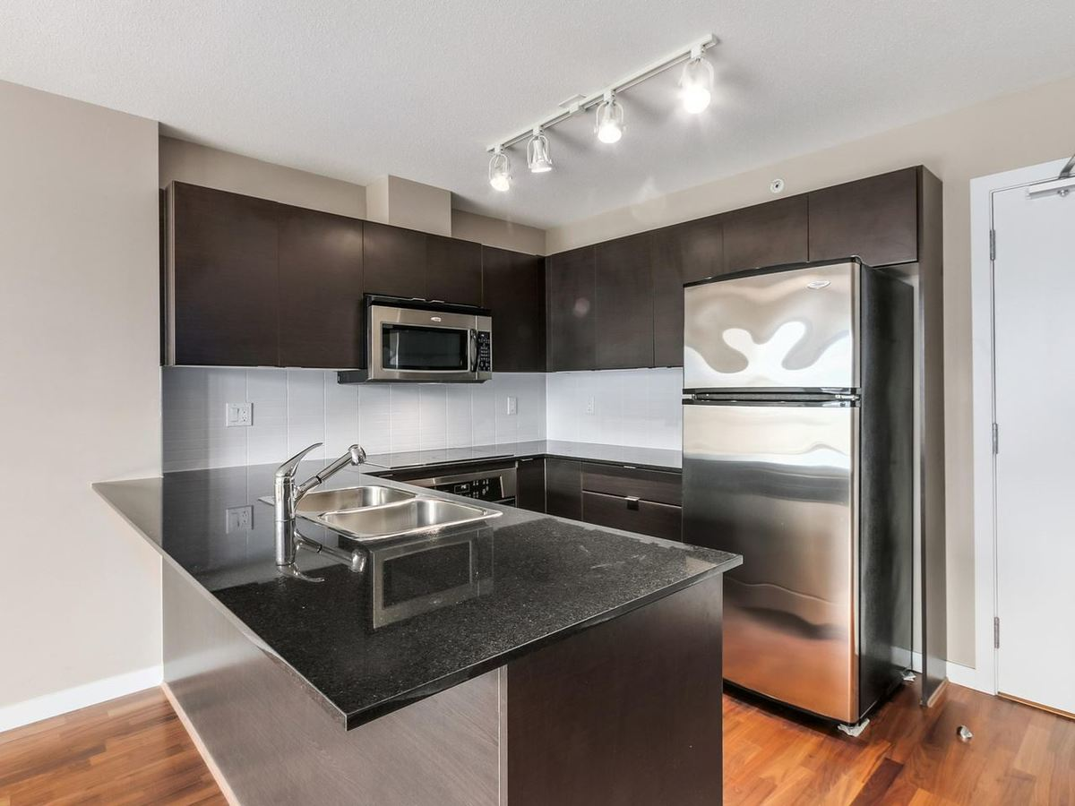 image-262108771-2.jpg at 1607 - 4182 Dawson Street, Brentwood Park, Burnaby North