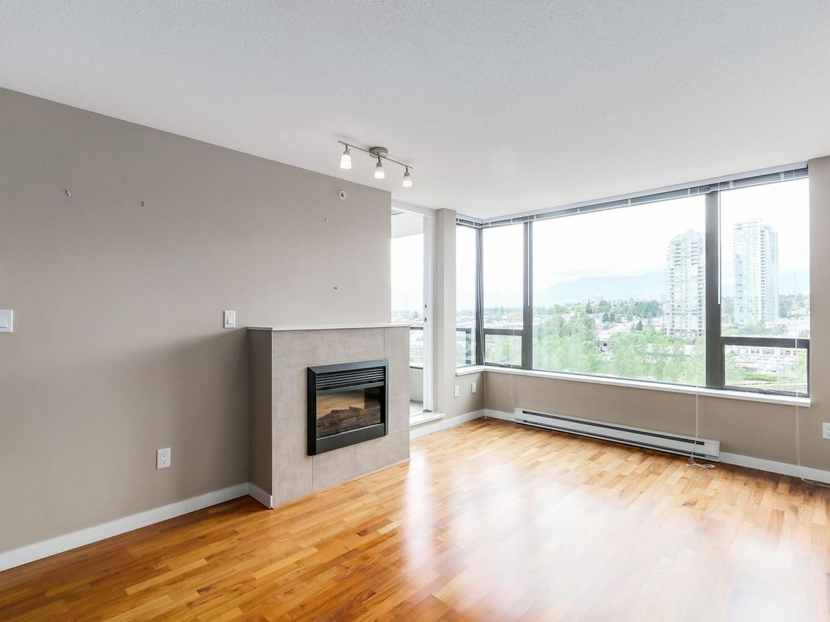 image-262108771-4.jpg at 1607 - 4182 Dawson Street, Brentwood Park, Burnaby North