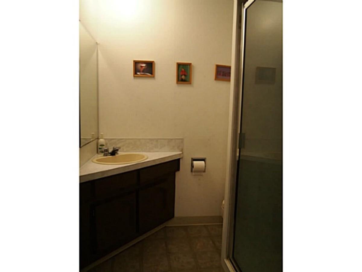 image-261821413-15.jpg at 7181 Golden Street, Montecito, Burnaby North