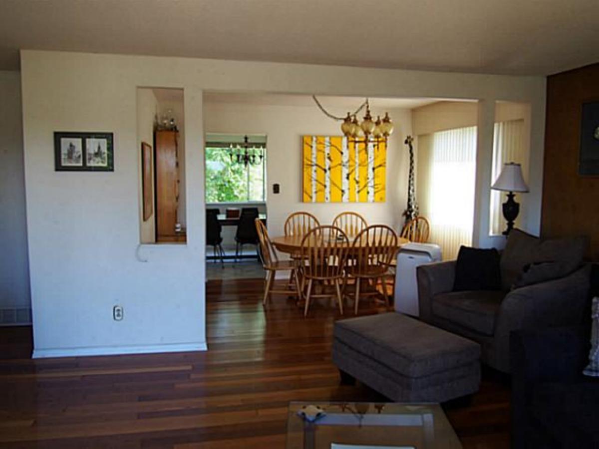 image-261821413-8.jpg at 7181 Golden Street, Montecito, Burnaby North