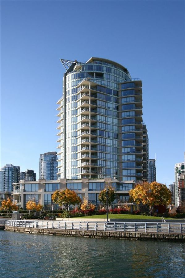 701 - 1328 Marinaside, Yaletown, Vancouver West