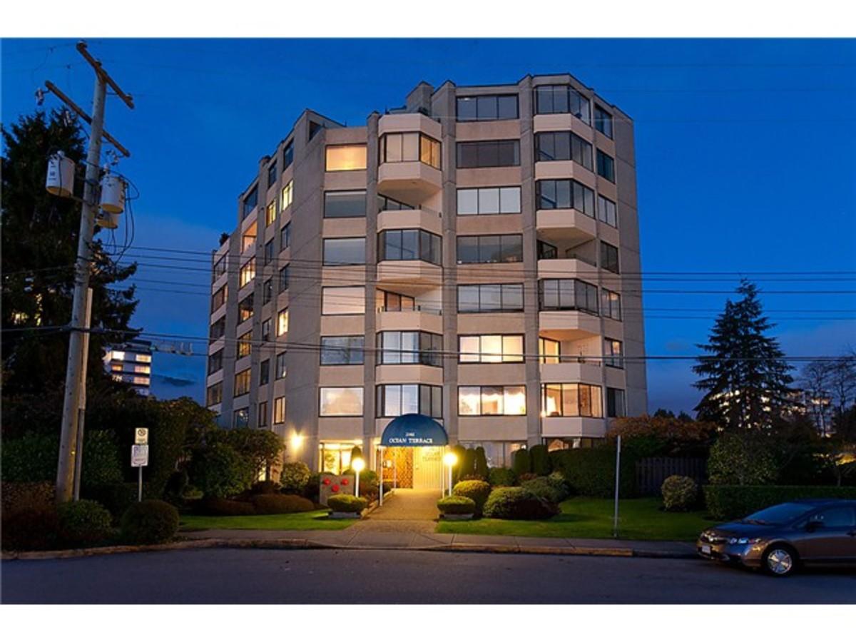 101 - 2165 Argyle Ave, Dundarave, West Vancouver