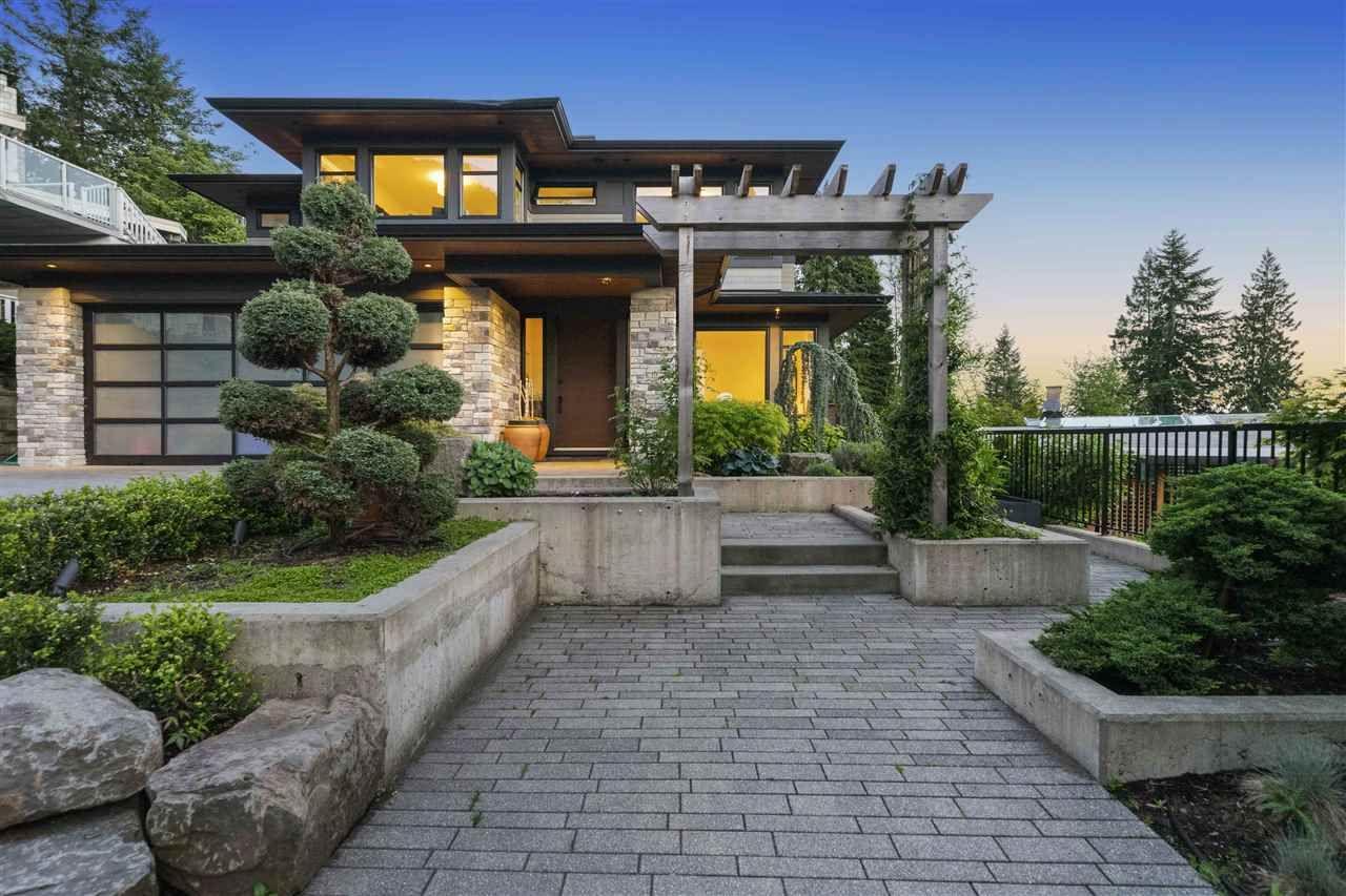 587 Palisade Drive, Canyon Heights NV, North Vancouver