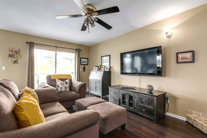 Family area at 20429 115 Avenue, Southwest Maple Ridge, Maple Ridge