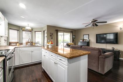 Kitchen/Family/Eating area at 20429 115 Avenue, Southwest Maple Ridge, Maple Ridge