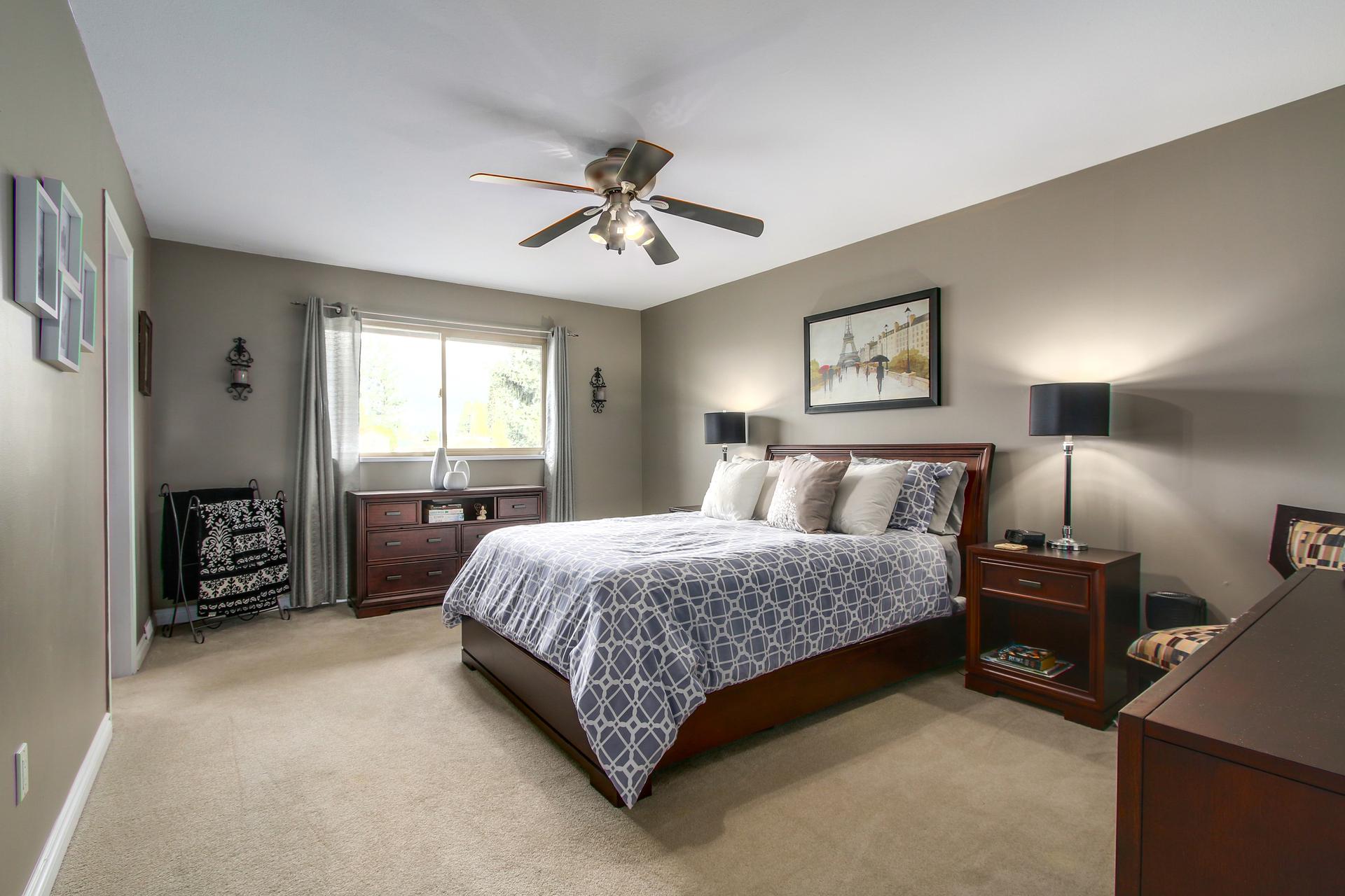 Master bedroom at 20429 115 Avenue, Southwest Maple Ridge, Maple Ridge