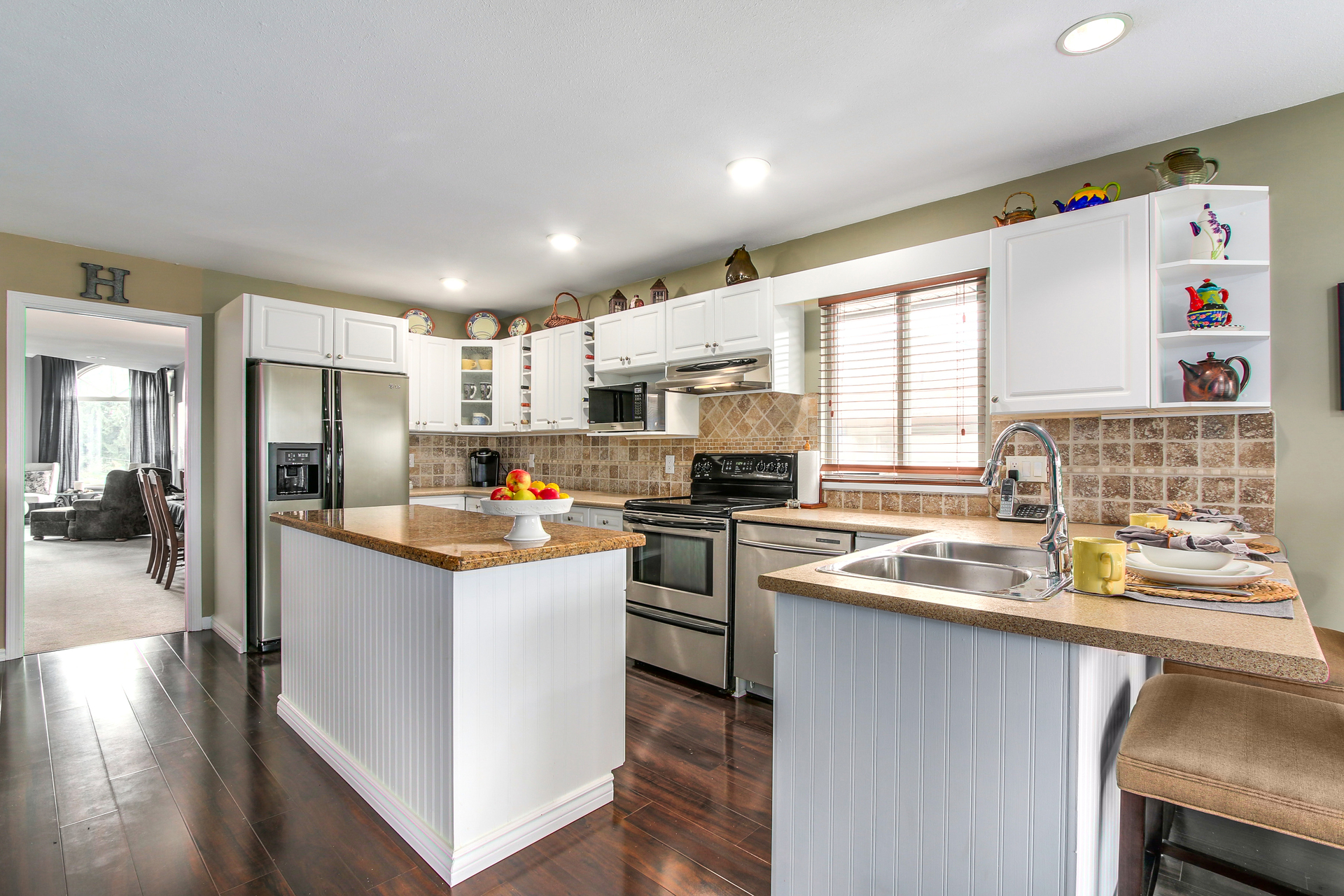 Kitchen at 20429 115 Avenue, Southwest Maple Ridge, Maple Ridge