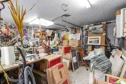 Artist's studio/Garage at 23287 Dogwood Avenue, East Central, Maple Ridge