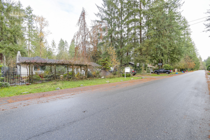 Front at 23287 Dogwood Avenue, East Central, Maple Ridge