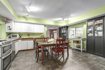 Kitchen/Dining area at 23287 Dogwood Avenue, East Central, Maple Ridge