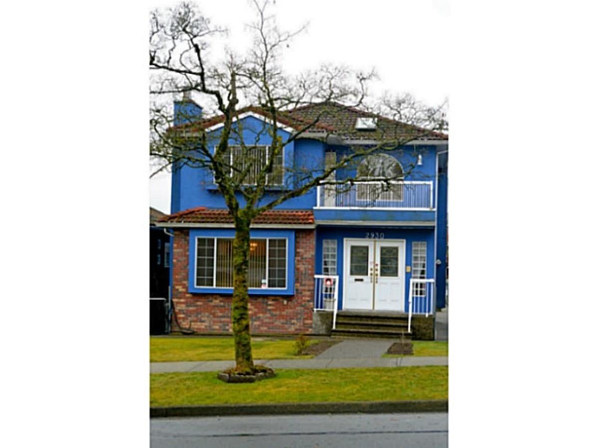 2930 E Pender Street, Renfrew VE, Vancouver East