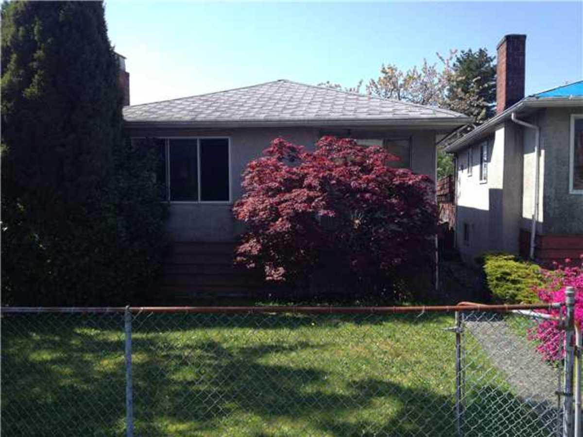 61 Springer Avenue, Capitol Hill BN, Burnaby North