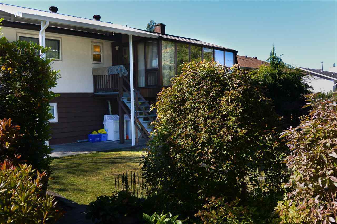 927-smith-avenue-coquitlam-west-coquitlam-05 of 927 Smith Avenue, Coquitlam West, Coquitlam