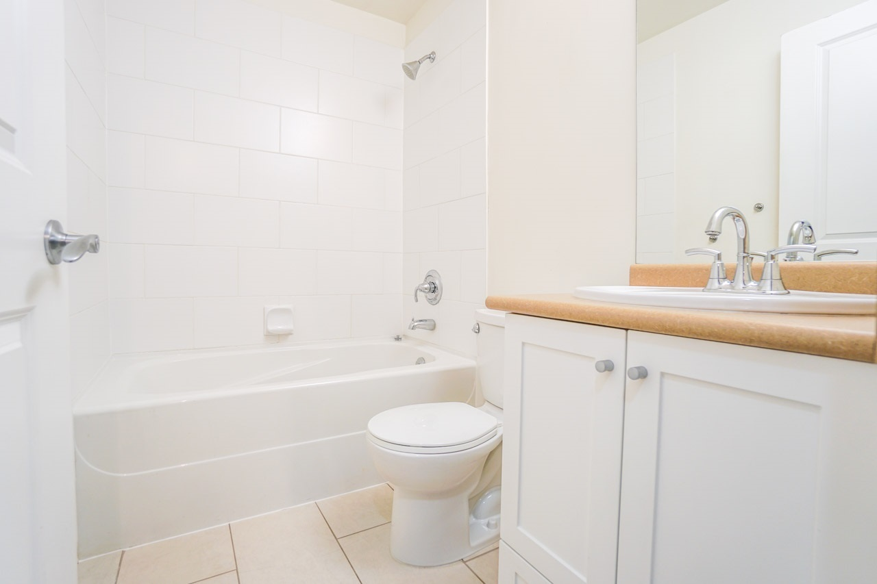 15322-101-avenue-guildford-north-surrey-09 of 103 - 15322 101 Avenue, Guildford, North Surrey