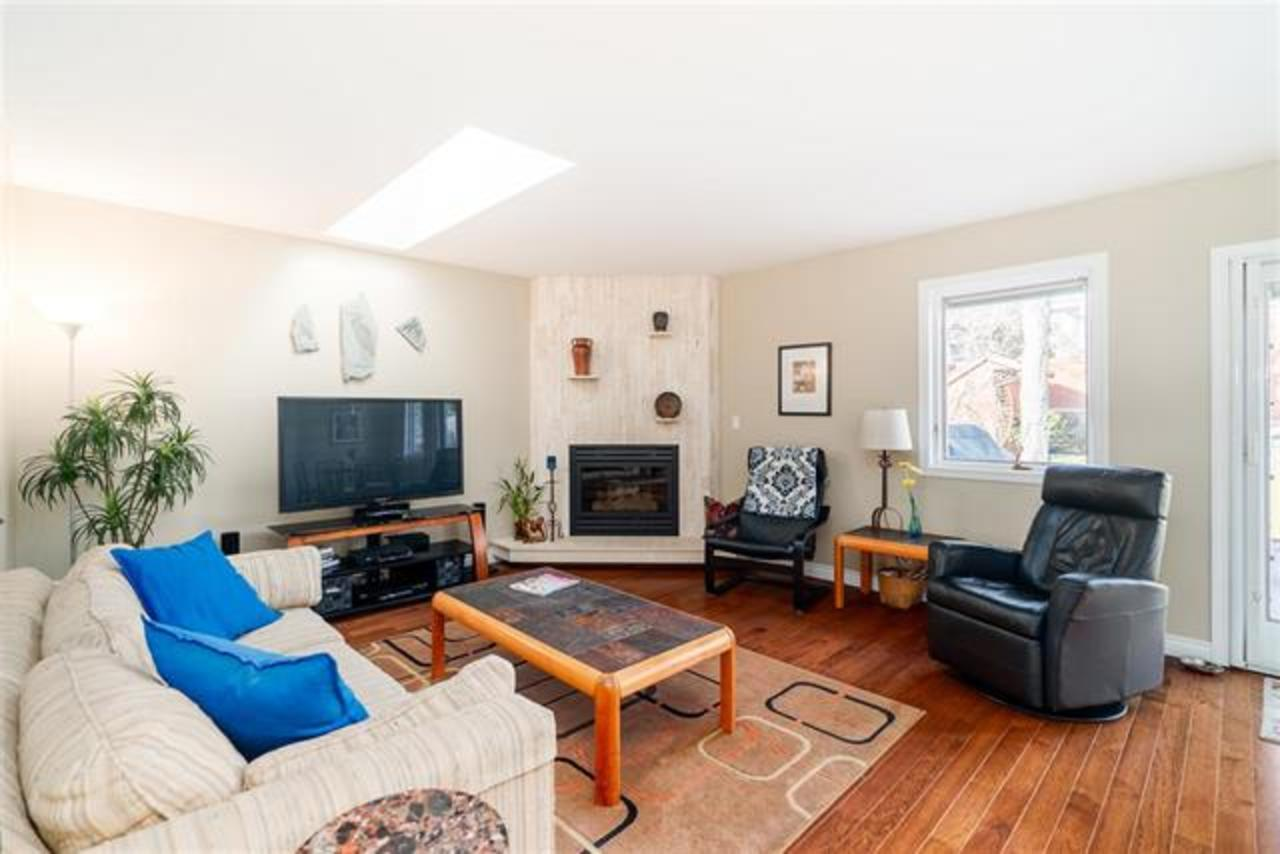 262361725-7 of 5389 Mckee Street, South Slope, Burnaby South