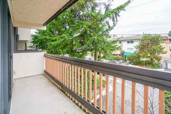 330-cedar-street-sapperton-new-westminster-16 of 209 - 330 Cedar Street, Sapperton, New Westminster