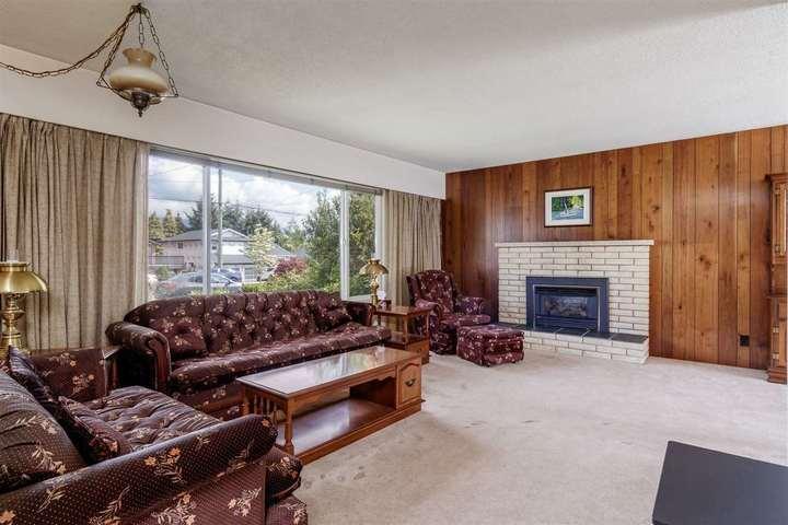 810-smith-avenue-coquitlam-west-coquitlam-05 of 810 Smith Avenue, Coquitlam West, Coquitlam