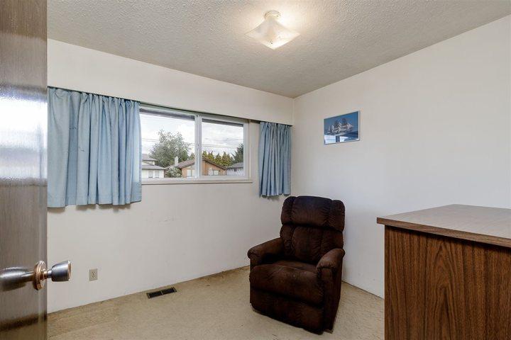 810-smith-avenue-coquitlam-west-coquitlam-16 of 810 Smith Avenue, Coquitlam West, Coquitlam