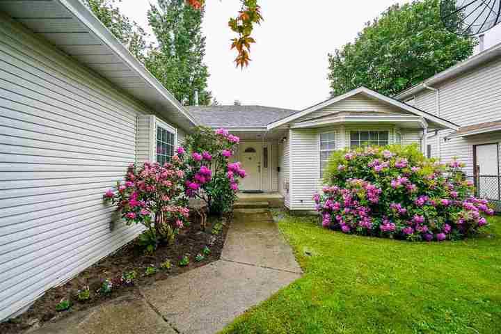 22110-122-avenue-west-central-maple-ridge-02 of 22110 122 Avenue, West Central, Maple Ridge