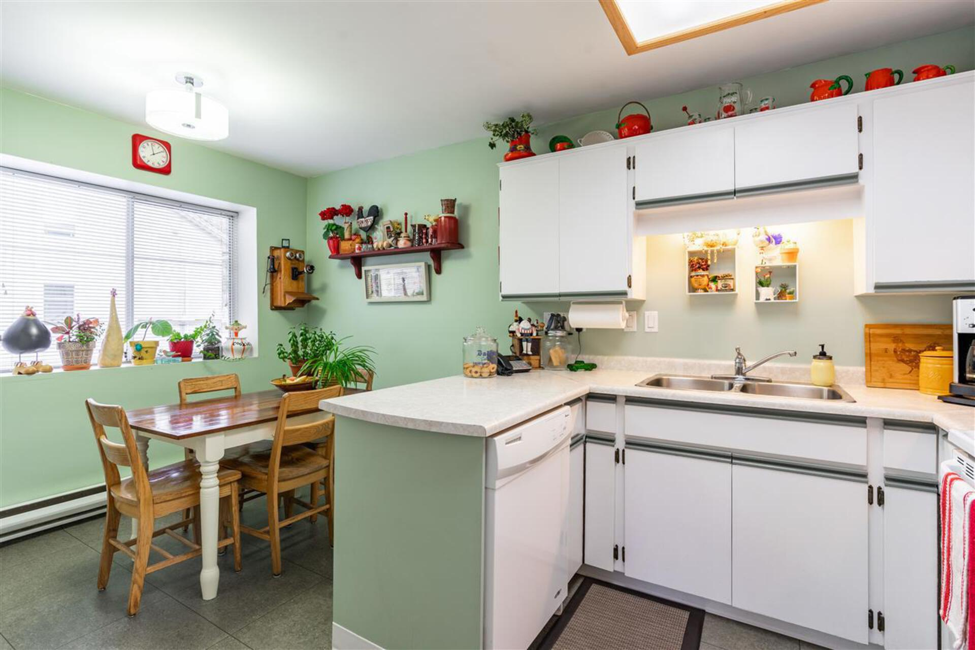 1318-brunette-avenue-maillardville-coquitlam-11 of 1 - 1318 Brunette Avenue, Maillardville, Coquitlam