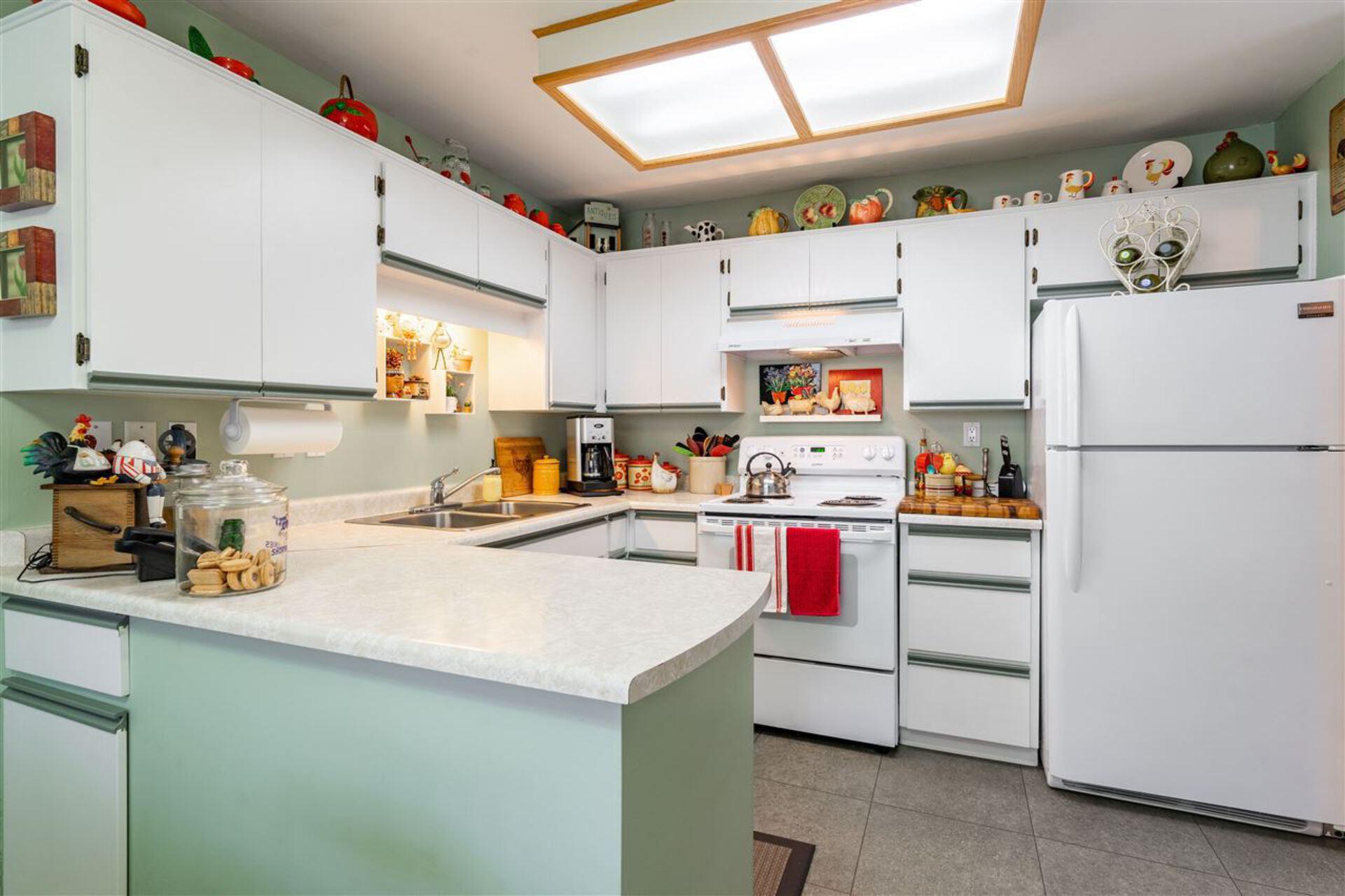 1318-brunette-avenue-maillardville-coquitlam-12 of 1 - 1318 Brunette Avenue, Maillardville, Coquitlam