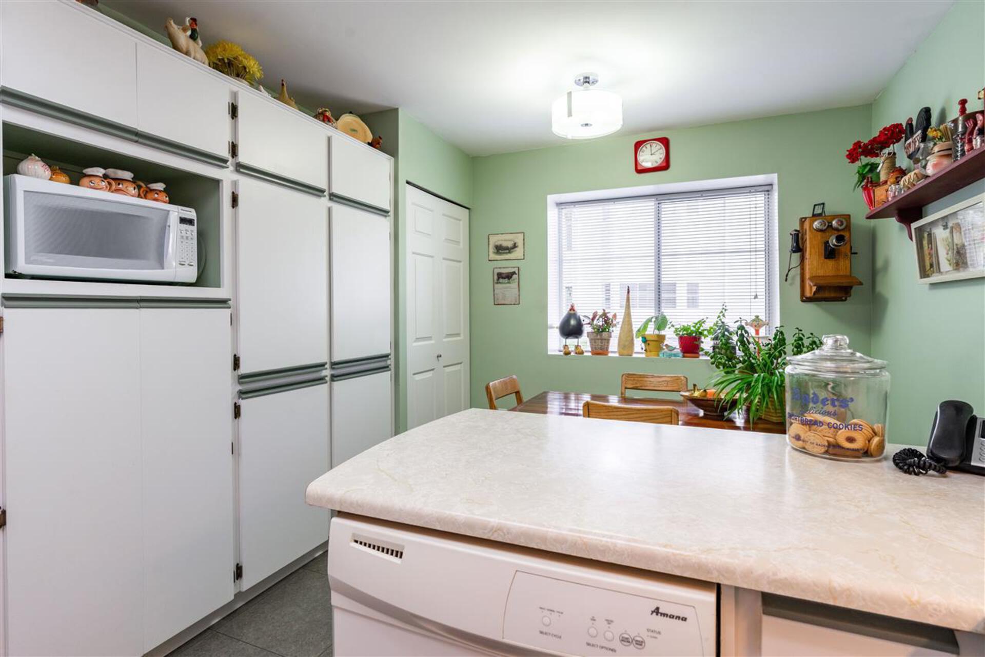1318-brunette-avenue-maillardville-coquitlam-14 of 1 - 1318 Brunette Avenue, Maillardville, Coquitlam