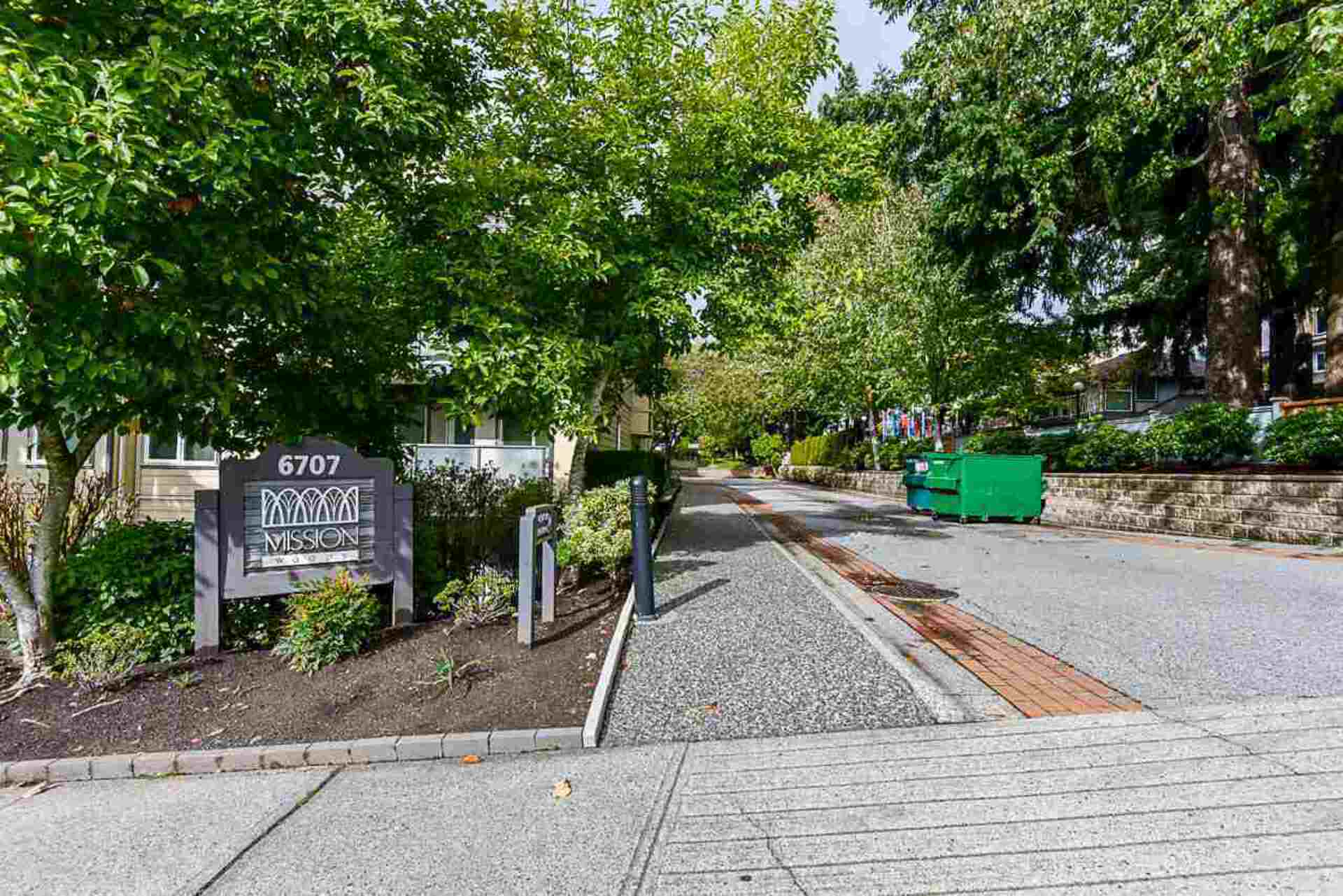 image of 422 - 6707 Southpoint Drive, South Slope, Burnaby South