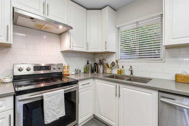 350-n-hythe-avenue-capitol-hill-bn-burnaby-north-27 of 350 N Hythe Avenue, Capitol Hill BN, Burnaby North