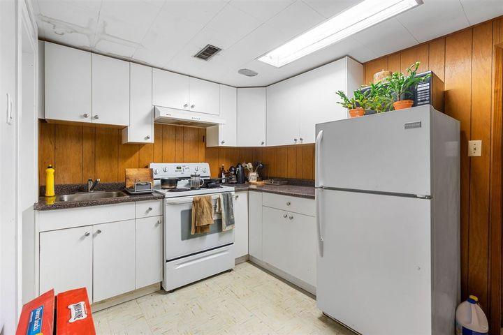 350-n-hythe-avenue-capitol-hill-bn-burnaby-north-36 of 350 N Hythe Avenue, Capitol Hill BN, Burnaby North