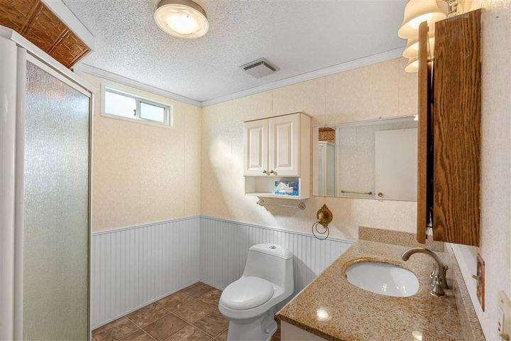 8670-156-street-fleetwood-tynehead-surrey-15-1 of 28 - 8670 156 Street, Fleetwood Tynehead, Surrey