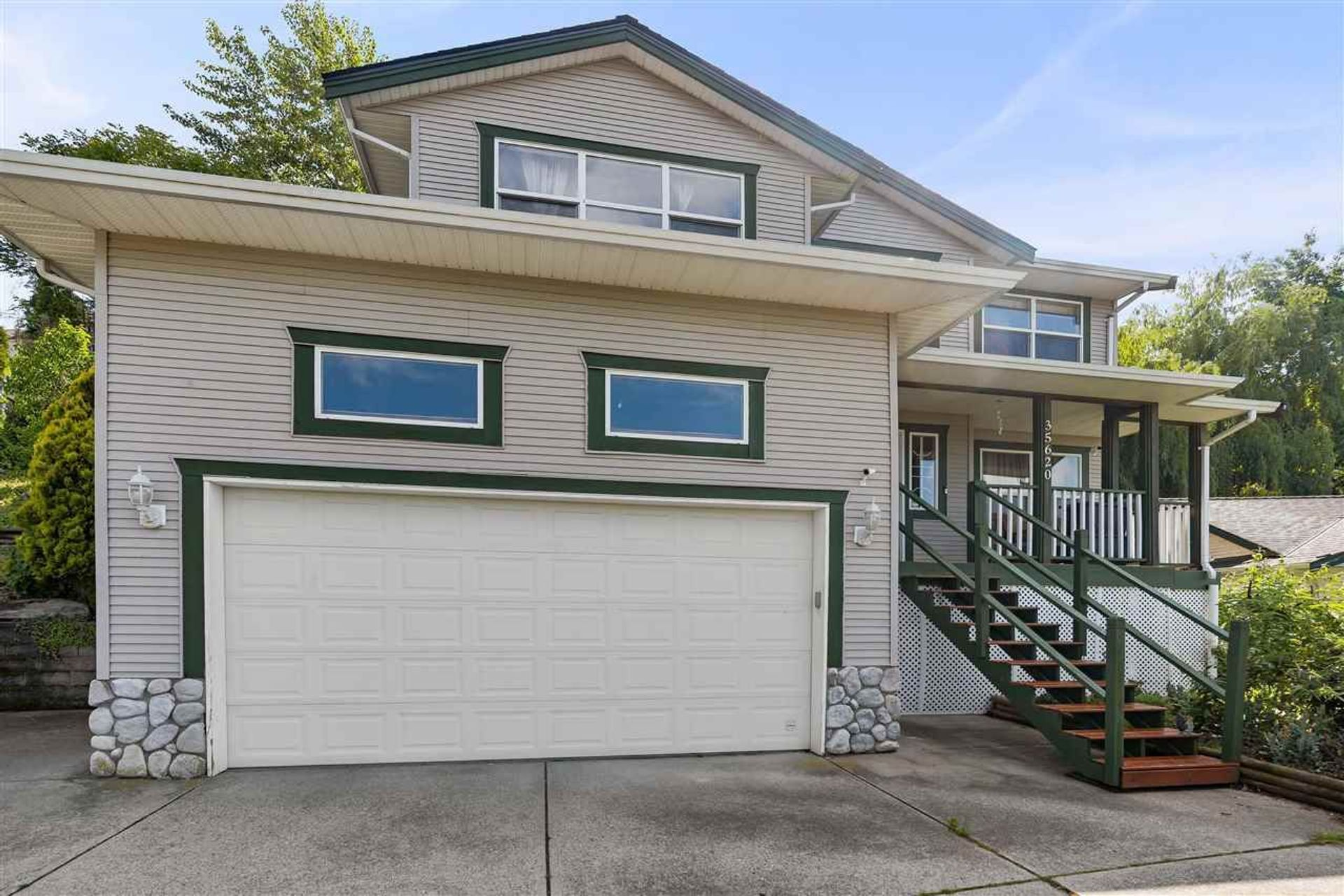 35620 Dina Place, Abbotsford East, Abbotsford