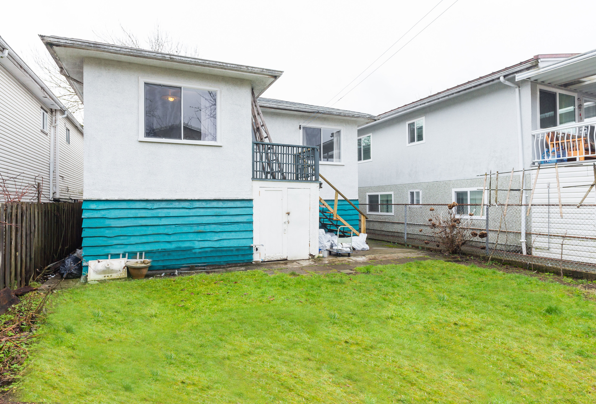 24 at 3235 Waverley Avenue, Killarney VE, Vancouver East