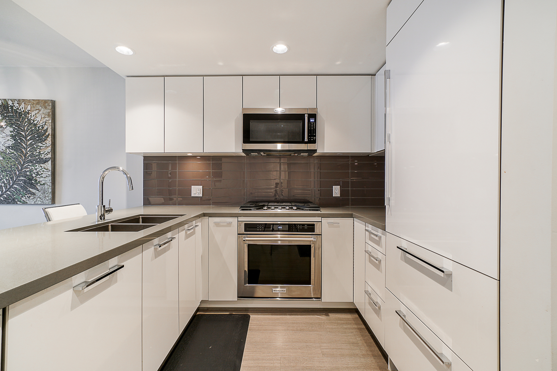 unit-2705-3093-windsor-gate-coquitlam-10 at 2705 - 3093 Windsor Gate, New Horizons, Coquitlam