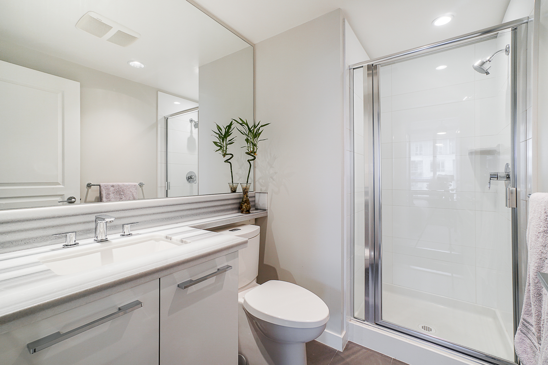 unit-2705-3093-windsor-gate-coquitlam-22 at 2705 - 3093 Windsor Gate, New Horizons, Coquitlam