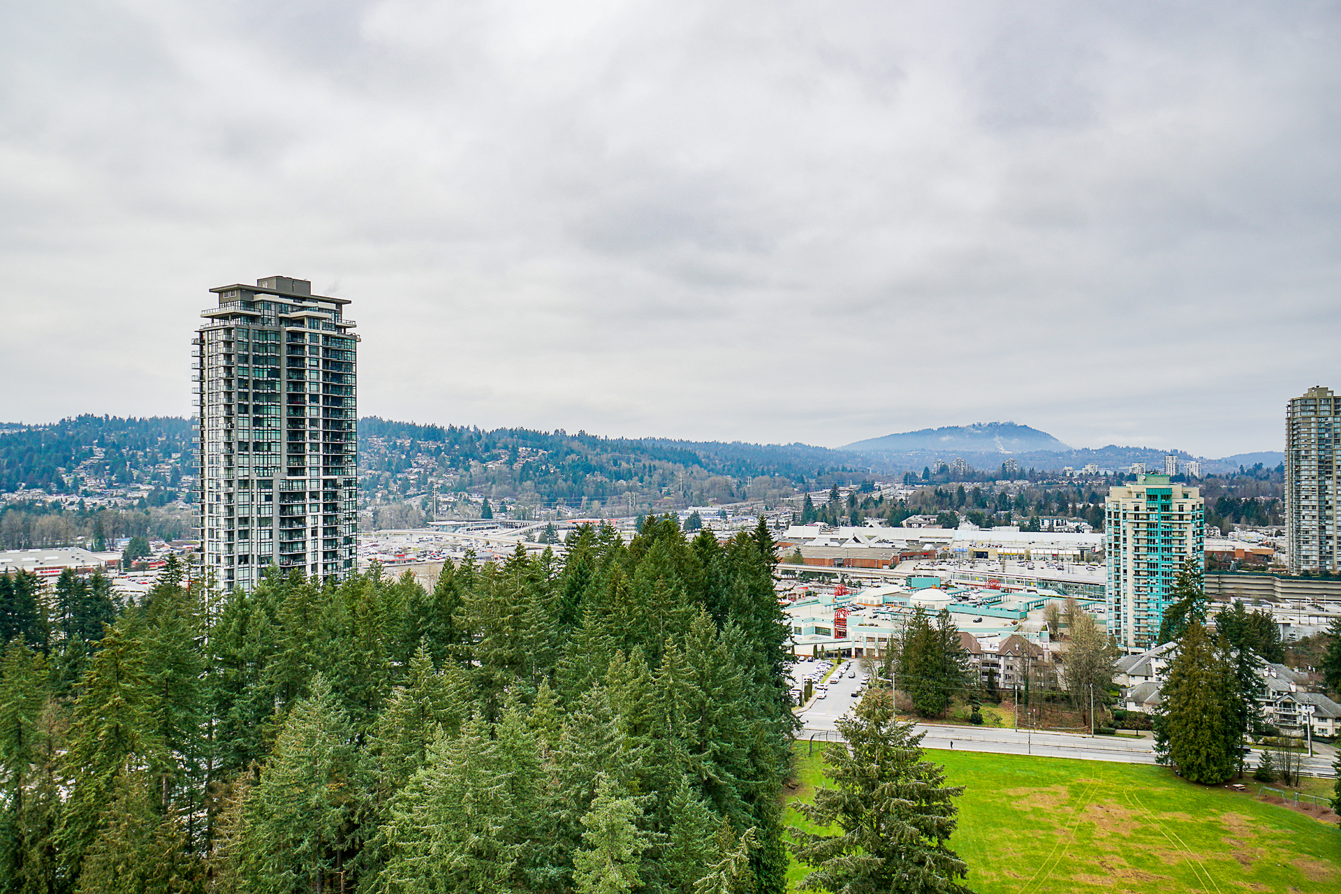 unit-2705-3093-windsor-gate-coquitlam-30 at 2705 - 3093 Windsor Gate, New Horizons, Coquitlam