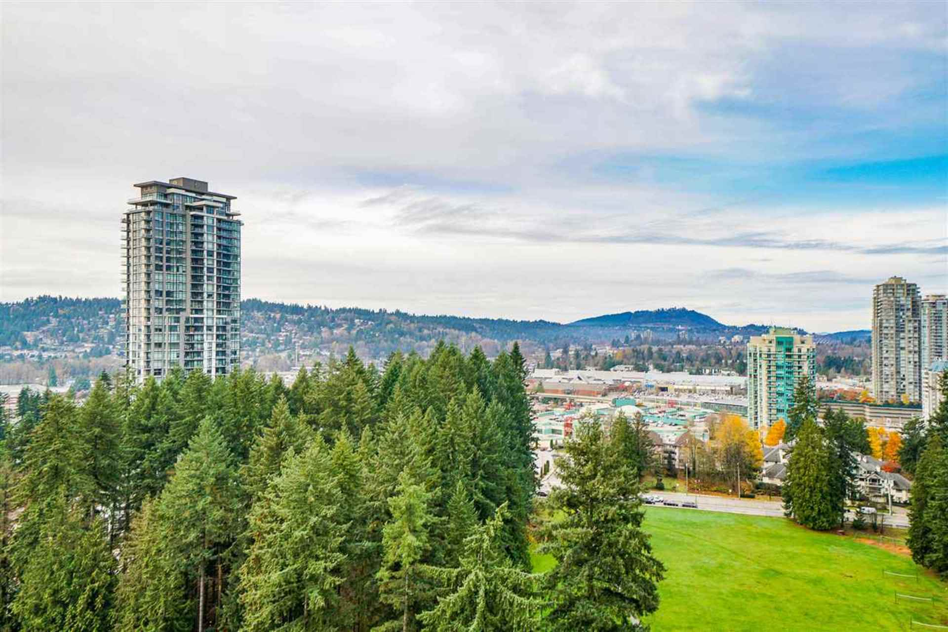 3093-windsor-gate-new-horizons-coquitlam-10 at 2305 - 3093 Windsor Gate, New Horizons, Coquitlam