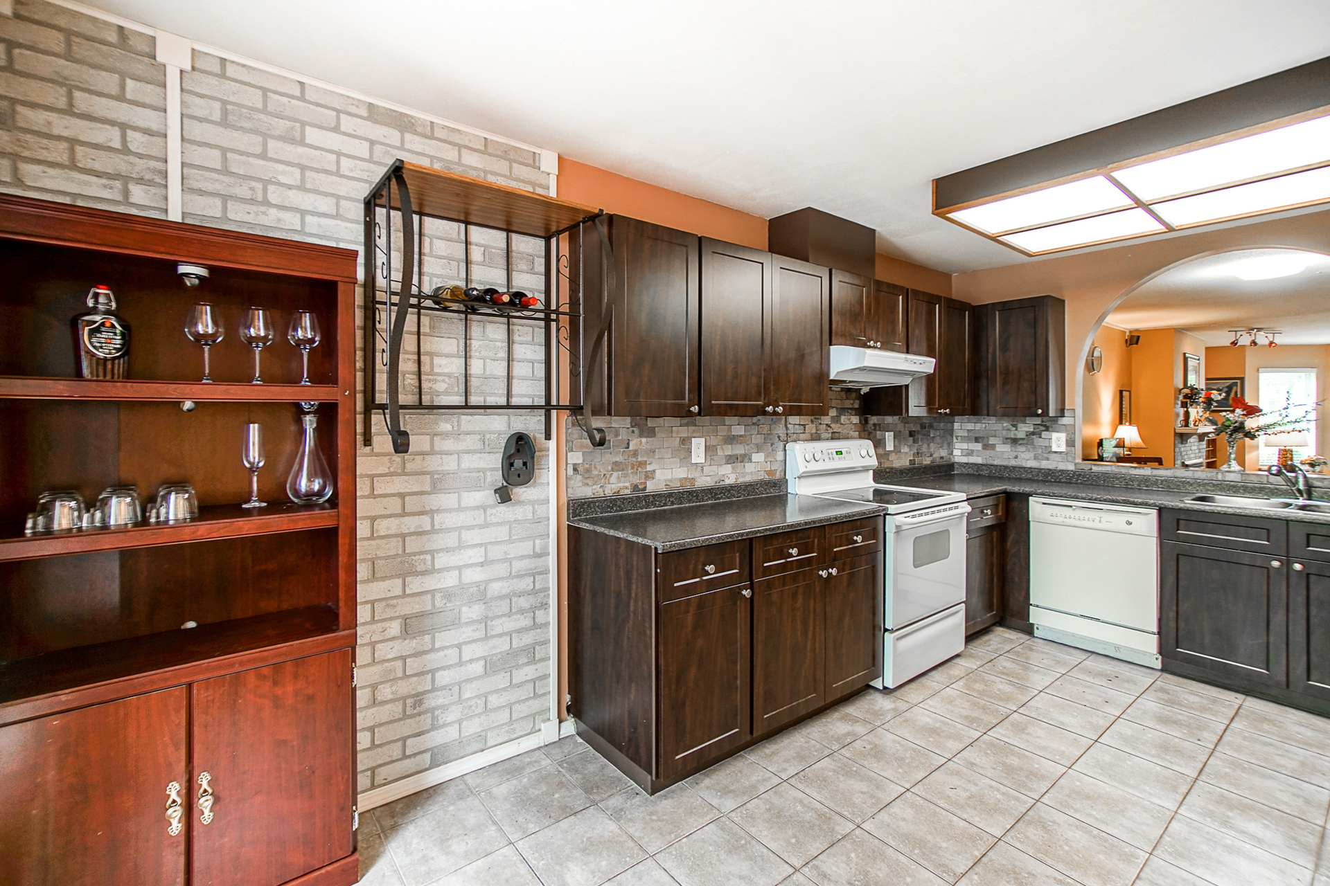 unit-2-10050-137a-street-surrey-7-2 at 2 - 10050 137a Street, Whalley, North Surrey