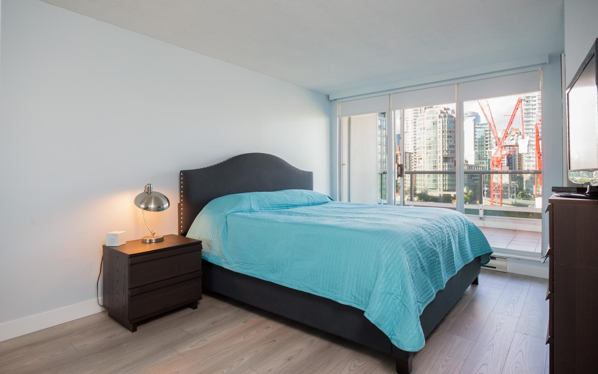 17 at #1410 - 1500 Howe Street, Yaletown, Vancouver West
