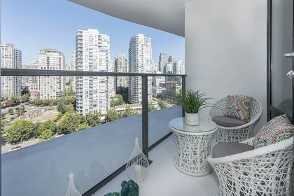 image-262123249-17.jpg at 1611 - 68 Smithe Street, Yaletown, Vancouver West