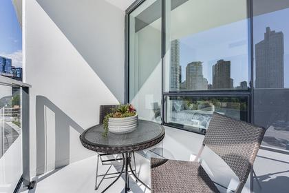 7 at 611 - 68 Smithe Street, Yaletown, Vancouver West