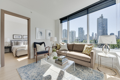 9 at 611 - 68 Smithe Street, Yaletown, Vancouver West