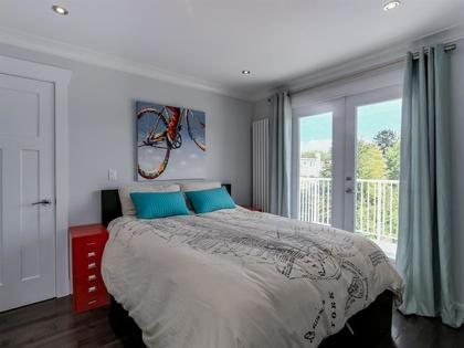 262096165-10 at 955 East 10th Avenue, Mount Pleasant VE, Vancouver East