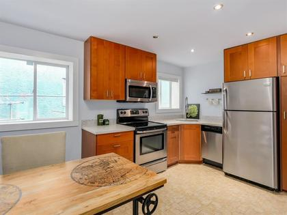 262096165-14 at 955 East 10th Avenue, Mount Pleasant VE, Vancouver East