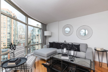 2 at 1509 - 189 Davie Street, Yaletown, Vancouver West